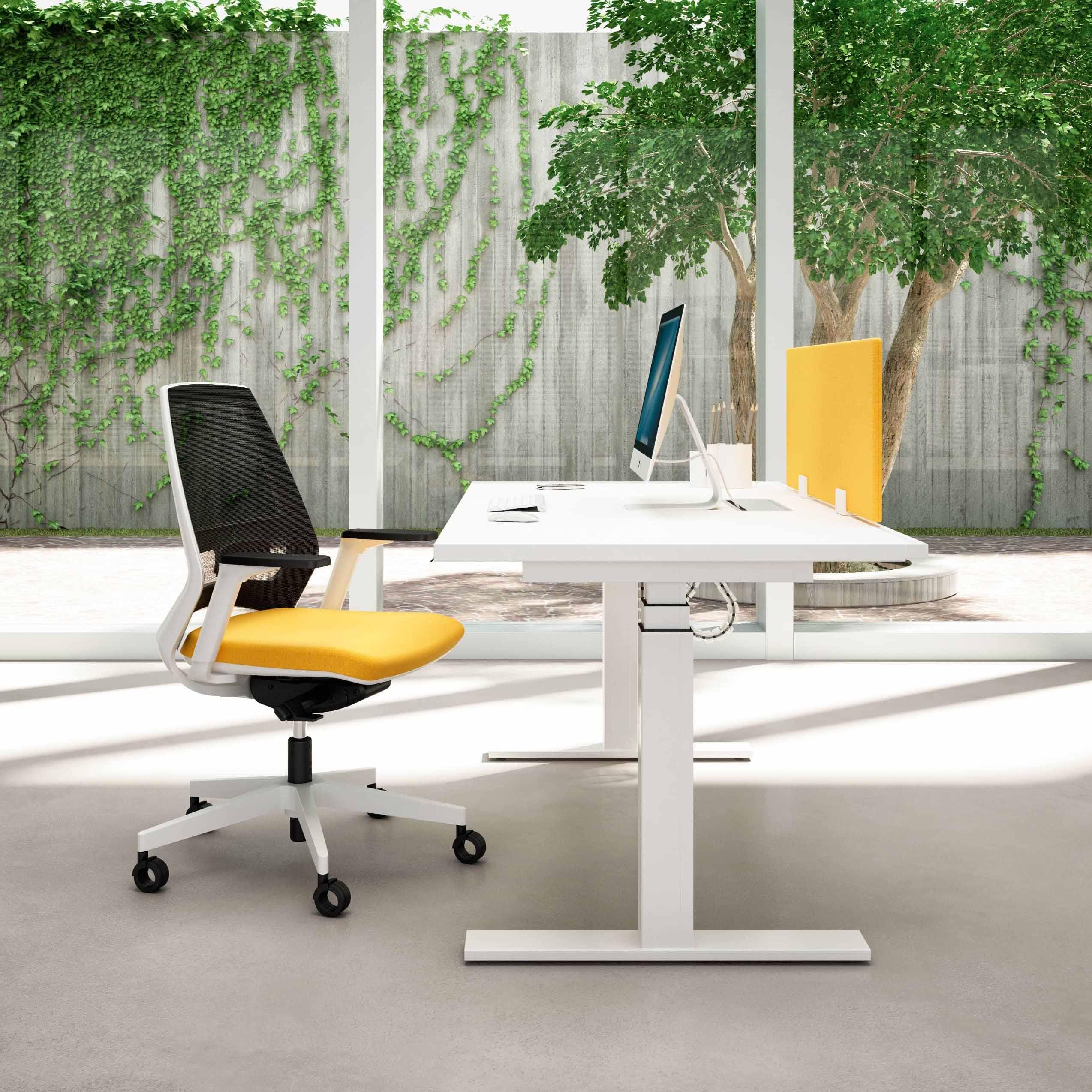 Quadrifoglio Idea Plus operational desk